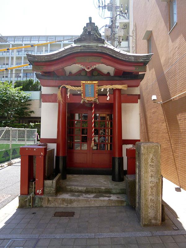MAIN PHOTO:一八稲荷神社