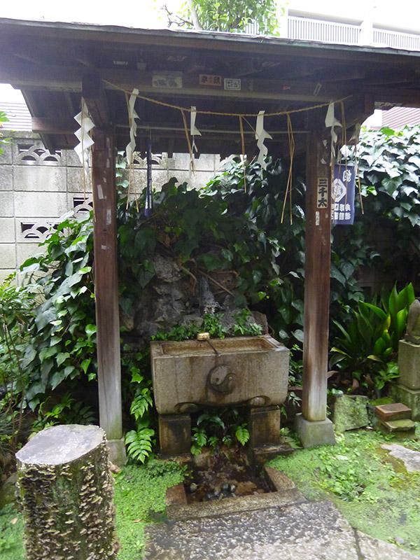 OTHER PHOTO:四谷於岩稲荷田宮神社