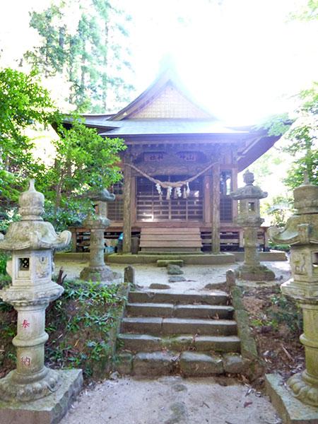 MAIN PHOTO:山神水神神社