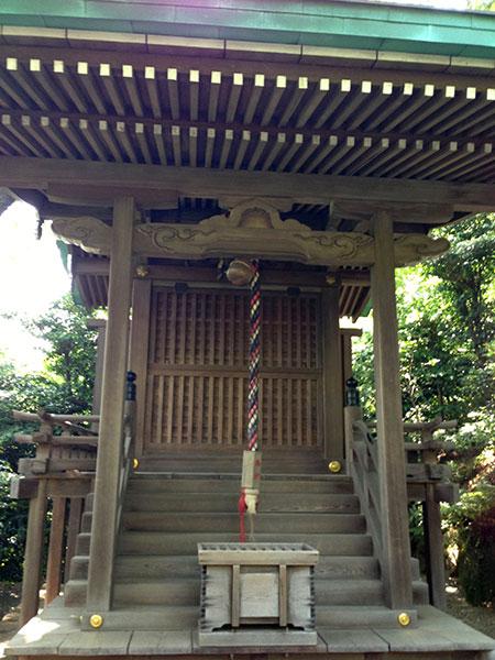 MAIN PHOTO:白玉稲荷神社(椿山荘庭園)
