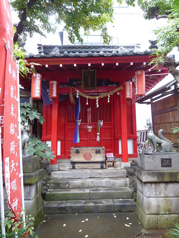 MAIN PHOTO:装束稲荷神社