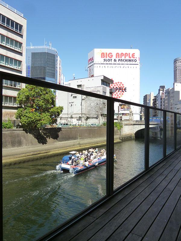 神田川を見る:水上バスと万世橋