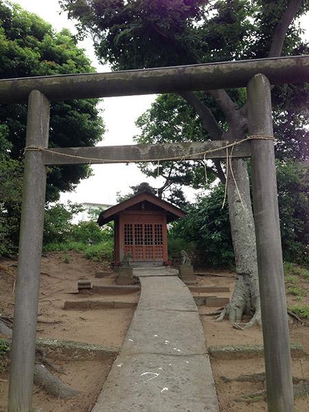 MAIN PHOTO:大六天神社(たぬき山)